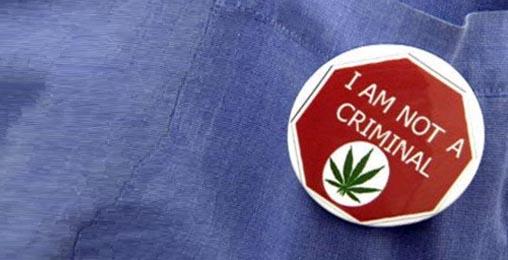 1355561723_ganja-no-criminal