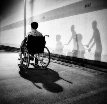 wheelchair-shadow-c738e872-c61f-4979-9596-eabd9d7ffca1